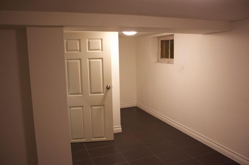 Rooms For Rent Danforth Ave And Victoria Park